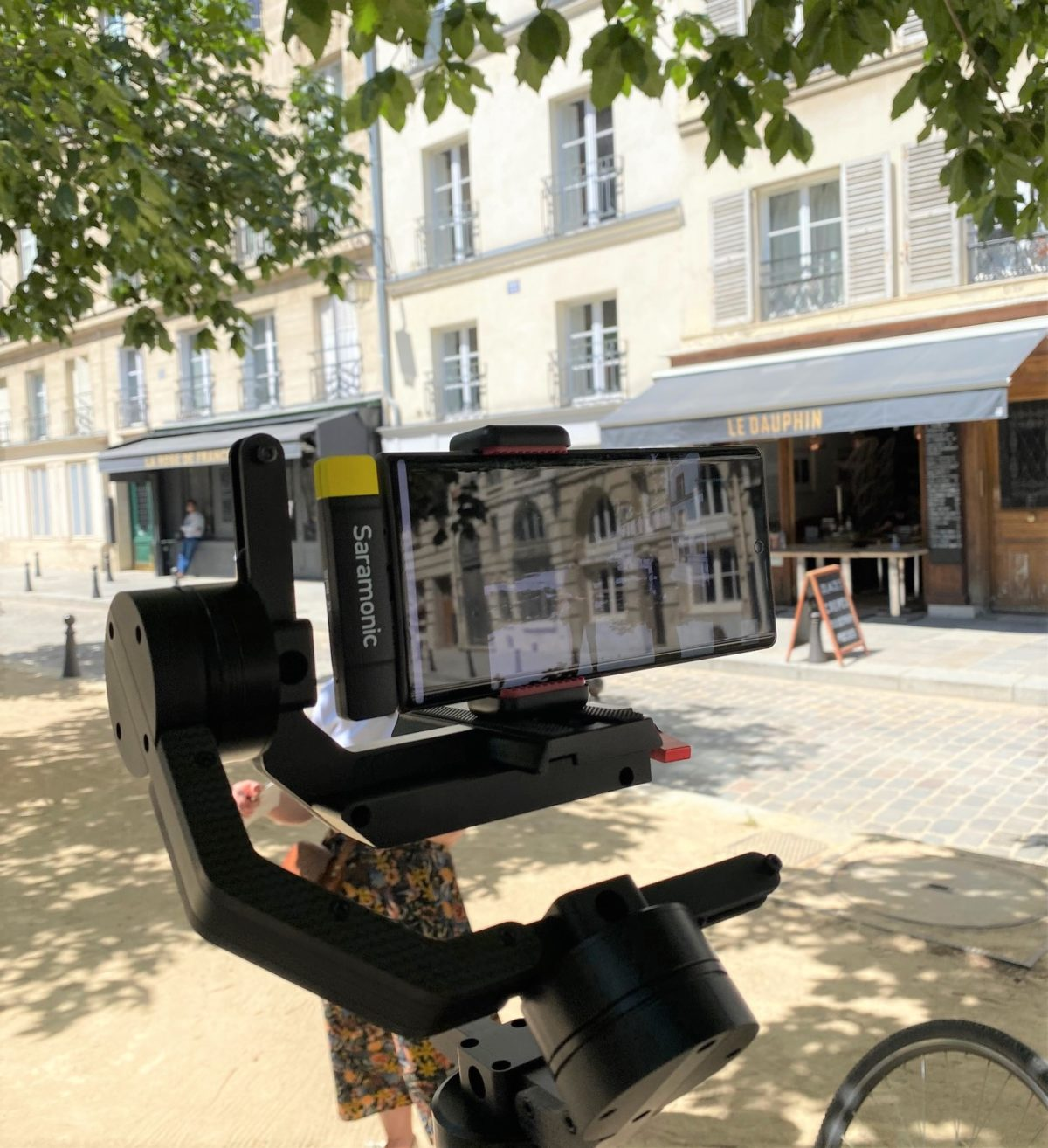 Paris Live Tours : a new experience to travel to Paris from home