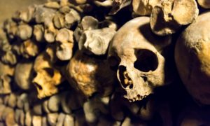 paris_catacombes